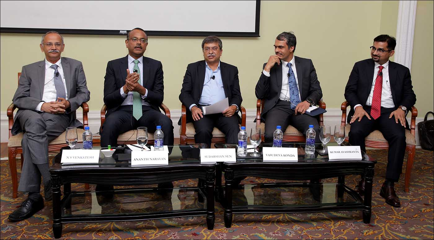 L-R: N S Venkatesh, Chief Executive, AMFI; Ananth Narayan, Former Regional Head of Financial Markets, Standard Chartered Bank; Sudarshan Sen, Ex ED, RBI; Vasudeva Konda, ICIC Bank and Kumar Ayashkanta, L & T Finance Ltd